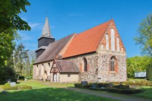 Kirche Blankenhagen - Mai 2017