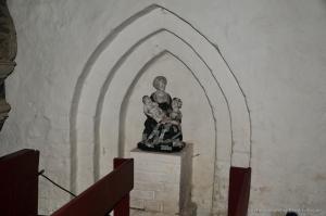 Kirche Dänschenburg -Skulptur Anna Selbdritt