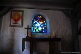 Kirche Dänschenburg - Buntglasfenster