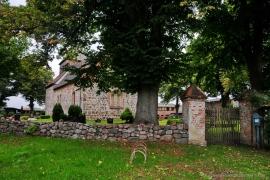 Kirche Dänschenburg - Sommer